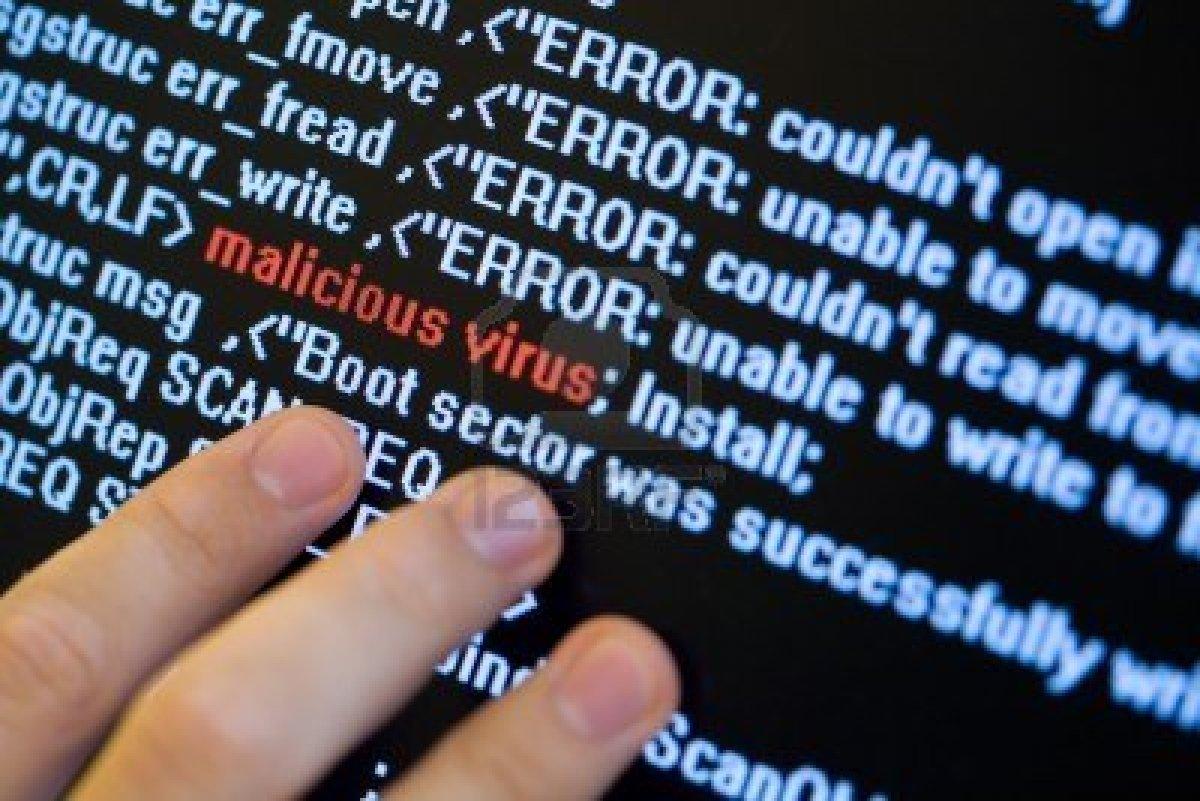 5402305-concepto-de-seguridad-informatica-virus-en-el-programa-de-codigo-de